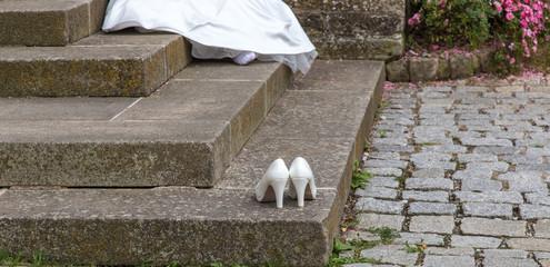 Zwischenpause für geplagte Brautfüße