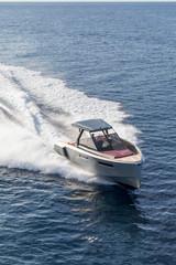 Poster Nautique motorise luxury motor boat, aerial view