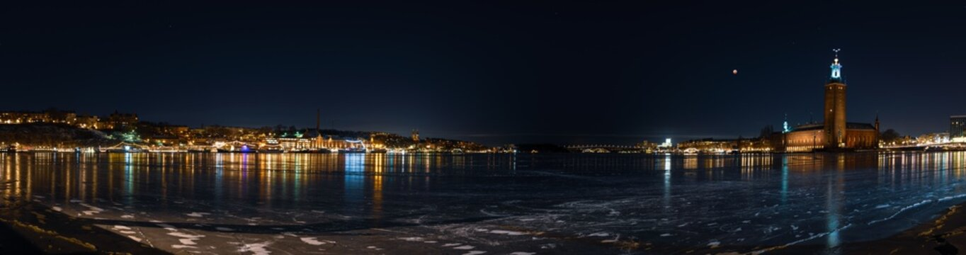 panorama of riddarfjärden lake in stockholm at night