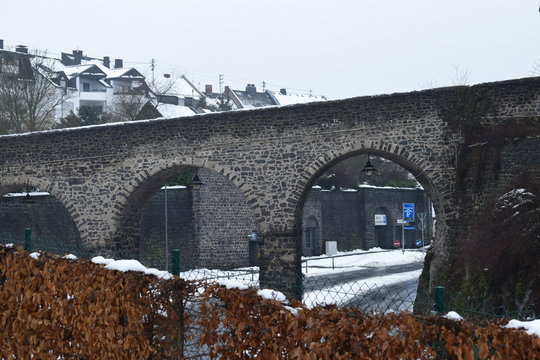 Brücke zum Burgtor in Mayen