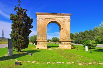 Arc de Bera an der Costa Dorada in Spanien - Arc de Bera, an ancient roman triumphal arch in Roda de Bera, Costa Dorada