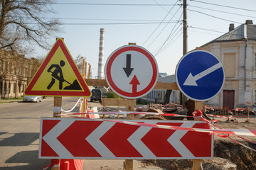warning signs about danger and detour