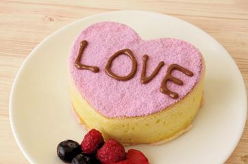 ピンクのハートのパンケーキ