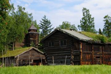 Norwegen im Sommer / Fjorde / Boote / Alte Hütten