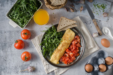 Egg omelette with salad
