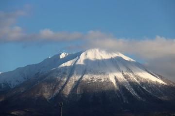 大山の雪景色