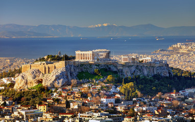Tuinposter Athene Aerial view over Athens with te Acropolis and harbour from Lycabettus hill, Greece at sunrise