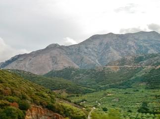 Berge auf der Hochebene von Lassithi auf Kreta