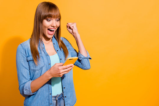 Portrait of her she nice amazing pretty sweet lovely lovable attractive cheerful cheery straight-haired lady win notification isolated over bright vivid shine yellow background