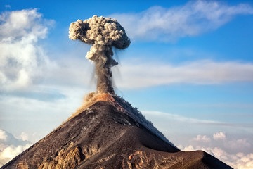 Erupting Volcano, big:surname.xmstore