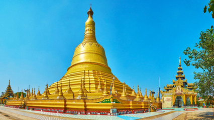 Panorama with main stupa of Shwemawdaw Paya, Bago, Myanmar