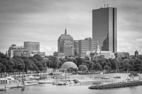 View of the Charles River and Back Bay from the Longfellow Bridge, in Boston, Massachusetts.
