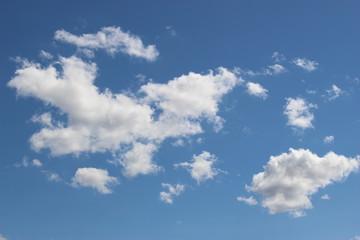 Nuages dans le ciel (cumulus) 5