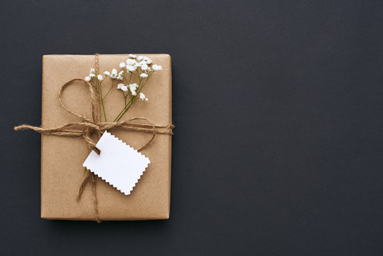Making with love... Homemade Gift Box, decorated with wildflowers and white small postcard