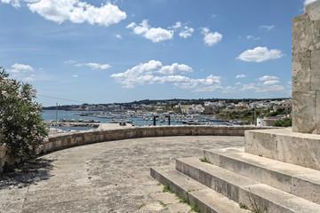 Italia Puglia Capo Santa Maria di Leuca lungomare porto