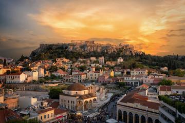 Fototapete - Sonnenuntergang über der Plaka, der Altstadt von Athen, Griechenland, mit der Akropolis und dem Parthenon Tempel