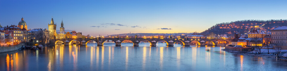 Poster Praag Panoramic View of Charles Bridge - Prague, Czech Republic