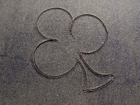 clover in the sand