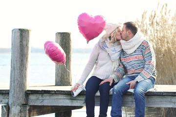 romantischer Ausflug zum See