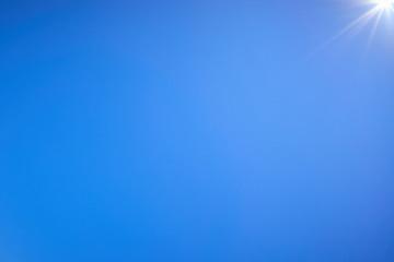 青空 太陽 光芒 壁紙素材