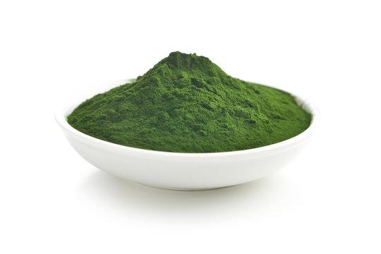 Green chlorella or green barley powder.