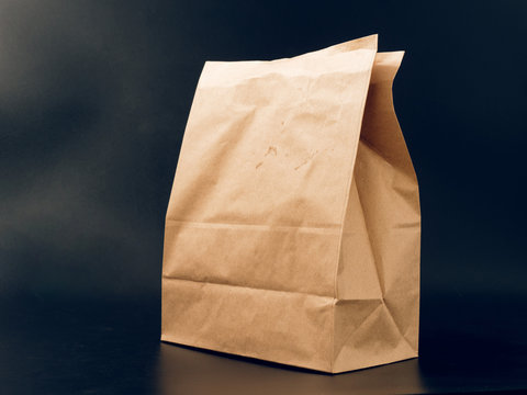 paper bag packaging for food. fast food with you.