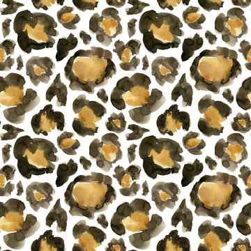 Watercolor leopard camouflage big seamless pattern. Hand painted beautiful illustration with animal points isolated on white background. For design, print, fabric or background.