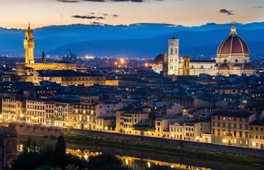 Florence Duomo light up at night