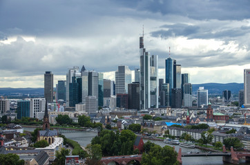 Fotomurales - View of Frankfurt am Main skyline at dusk, Germany