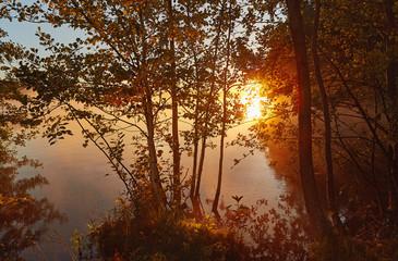 Photo sur Aluminium Rouge mauve Morning fog at north lake