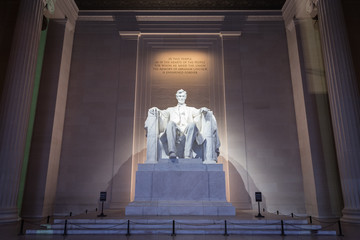 The Lincoln memorial in Washington DC early morning Fotomurales