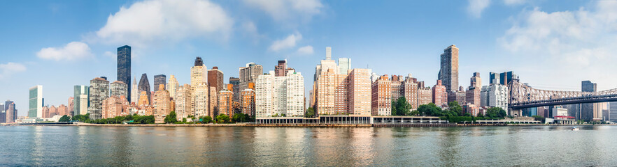 Photo sur Plexiglas New York Amazing panorama view of New York city skyline and Queensboro Bridge