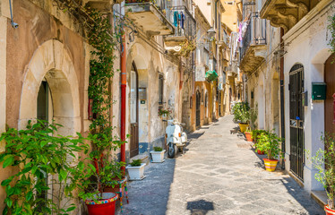 Picturesque street in Ortigia, Siracusa old town, Sicily, southern Italy. Fototapete