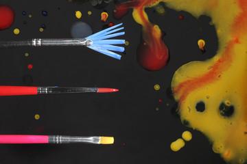 絵筆と絵の具