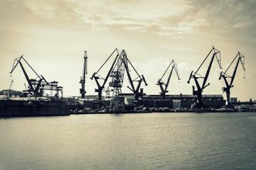 Fototapeta Dźwigi w stoczni Gdańsk, Polska