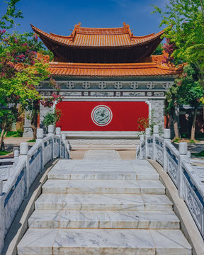 Steps leading to traditional Chinese architecture in the old town of Dali, Yunnan, China