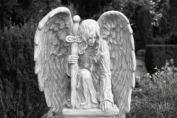 Friedhof, Grabstätten