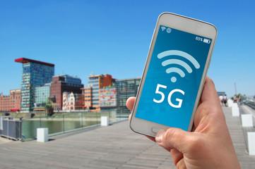 Smartphone mit Netzabdeckung Bandbreite 5G