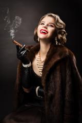 Retro Woman Smoking Cigar, Happy Fashion Model Luxury Beauty Portrait, Beautiful Girl in Fur Coat Pearl Jewelry