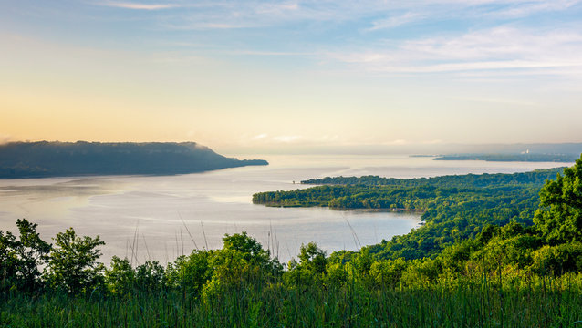 Scenic view at sunrise of the Mississippi River & Lake Pepin from Frontenac State Park in Minnesota