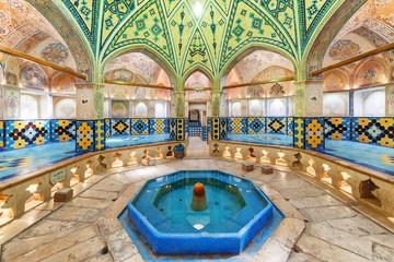 Octagonal dressing hall with pool in Sultan Amir Ahmad Bathhouse