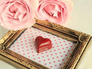 ハートのチョコで愛を表す