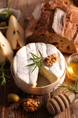 camembert with pear and bread