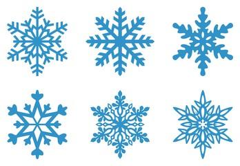 Set von Frostigen Schneeflocken auf einem isolierten weißen Hintergrund