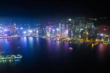 香港 スカイ100(環球貿易広場)からの夜景