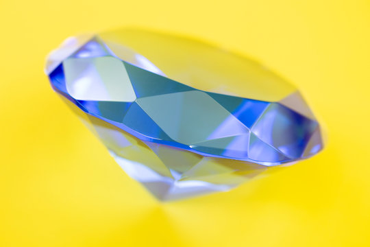 symbol of wealth and beauty diamond