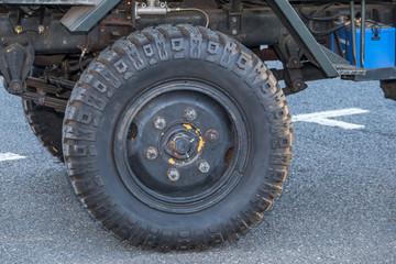 車のホイール old  Wheel of the car
