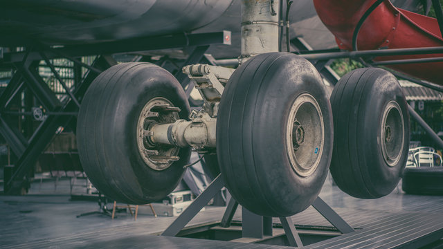 Aircraft Wheel And Breaks
