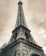 Eiffel Tower - Paris Winter