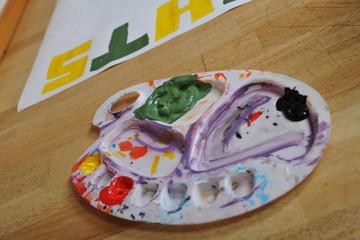 kunst maler malen atelier projekt mischen mischkasten fabrpalette